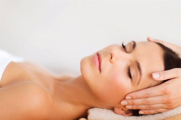 best way to moisturize skin